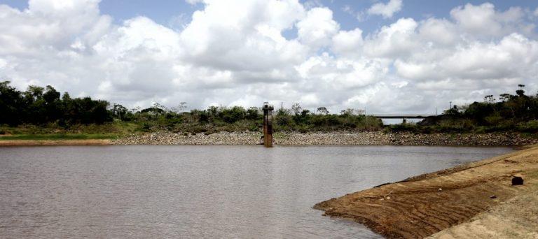 Fotografia da barragem de bota fogo