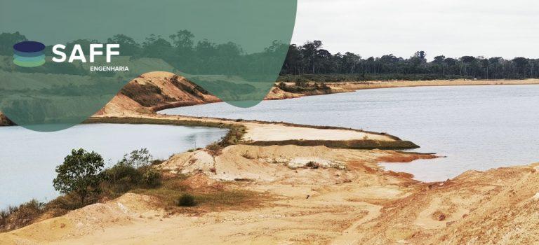 Fotografia de uma barragem de rejeitos da ERSA